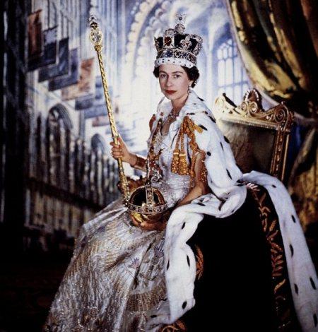 queen elizabeth ii now britain's longest reigning monarch